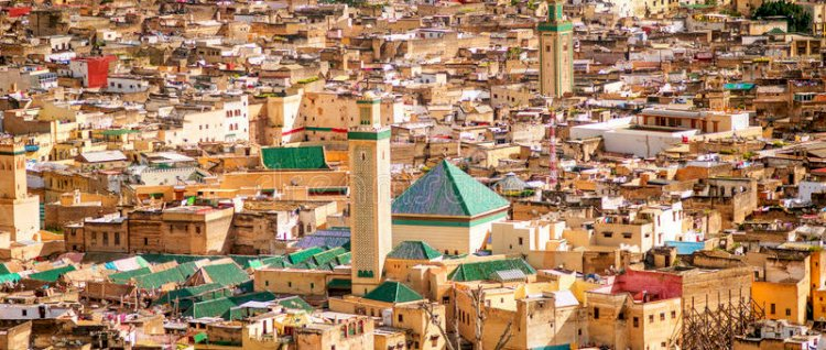 الاختلاف حول تسمية مدينة فاس: أي الروايات أصح؟