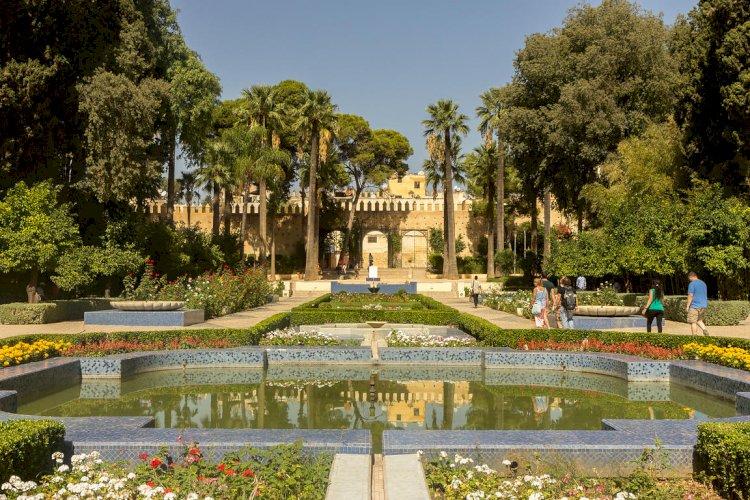 حديقة جنان السبيل: حديقة تفوح بعطر الأندلس