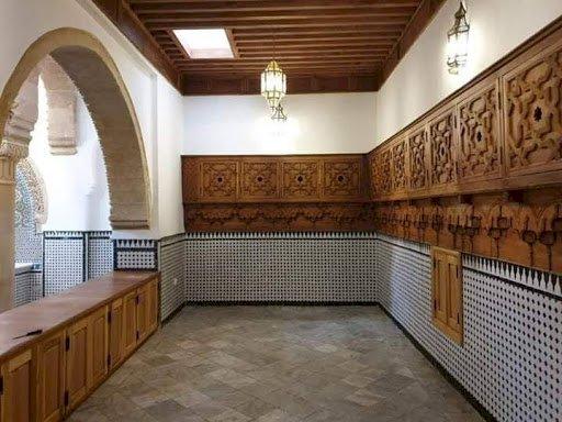 الحمامات العمومية بفاس البالي